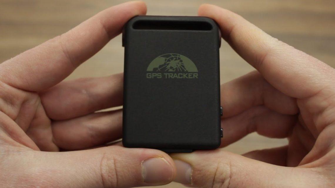 Comparatif entre la caméra espion et des traceur GPS