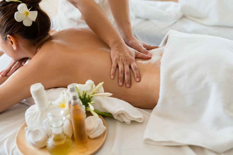 Un bon massage demande un masseur professionnel