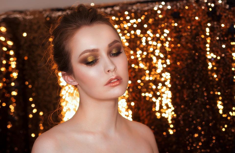 Quel est le matériel de maquillage indispensable pour le CAP esthétique ?